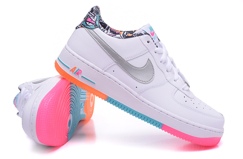 air force one femme blanche et rose